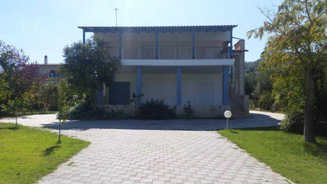 Pefkohori Vila Kiki Resort