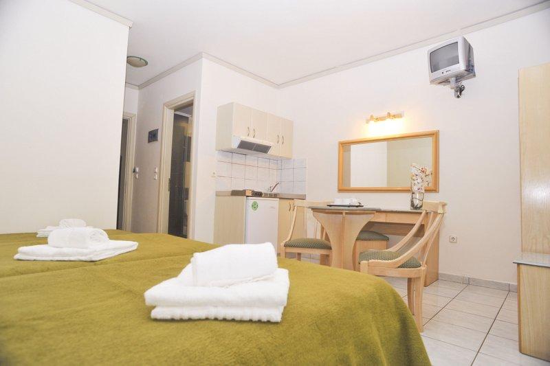 Tasos App/Hotel Albatros