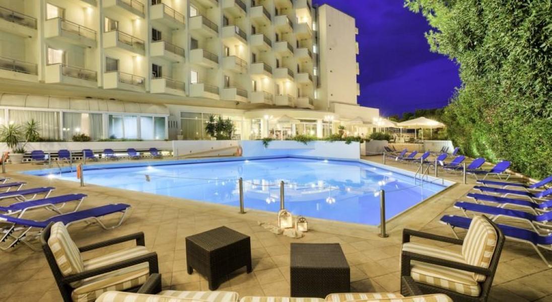 glifada hotel fenix