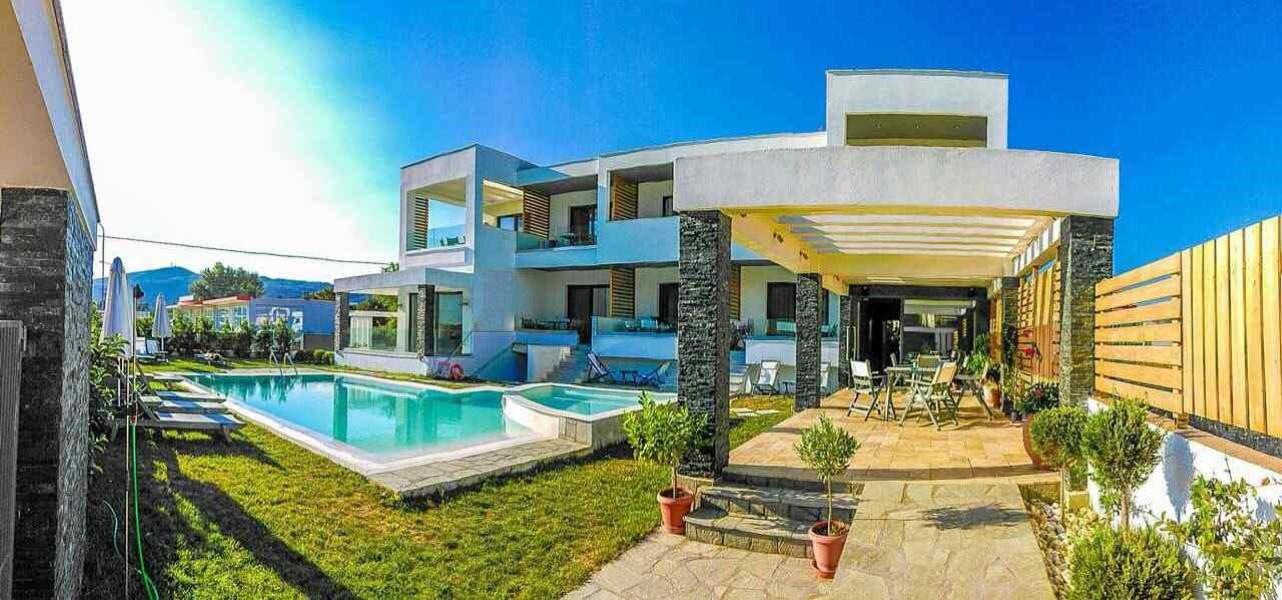 Stavros Apart/Hotel Aelia Luxury Living