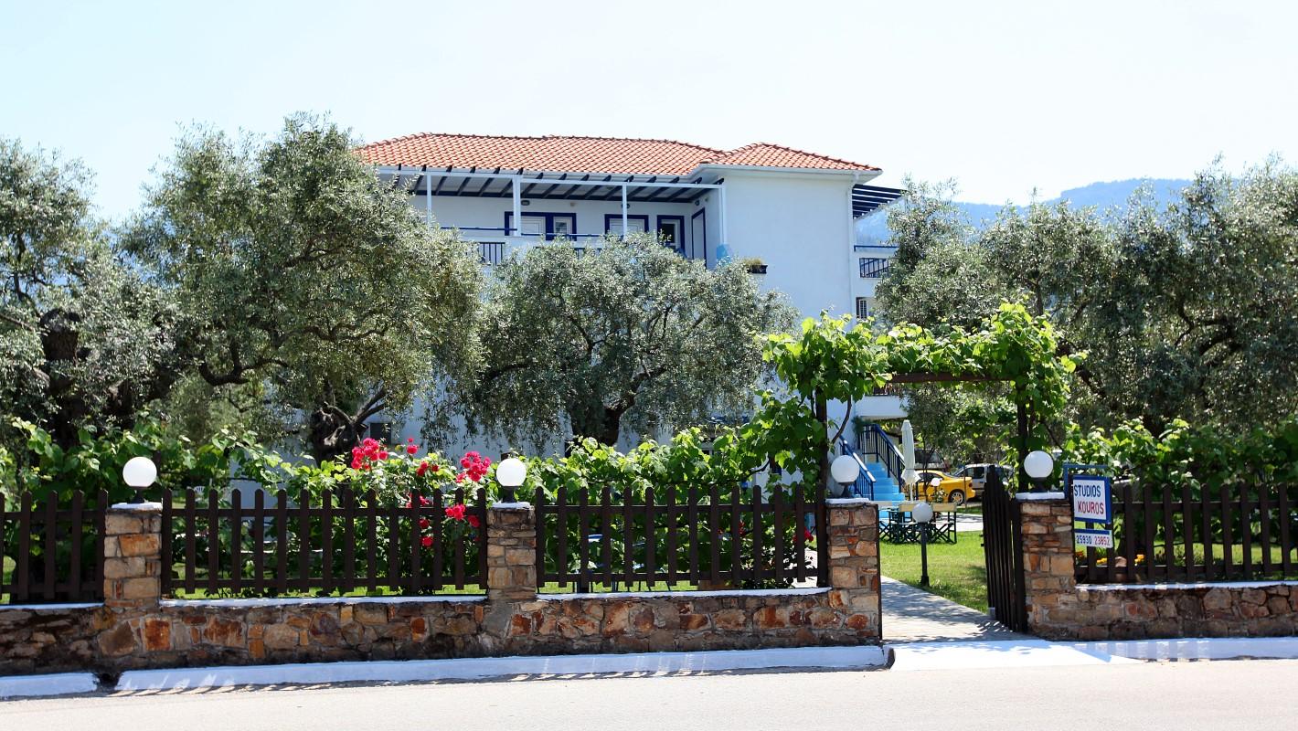 tasos app hotel kouros home studios